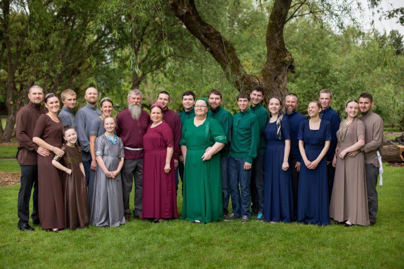 Extended family photos in Portland Oregon