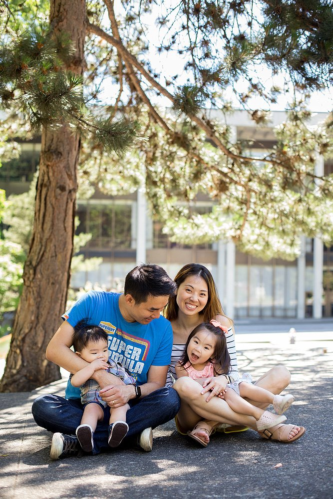Family photos in downtown Portland, OR   Liz Wade Photography