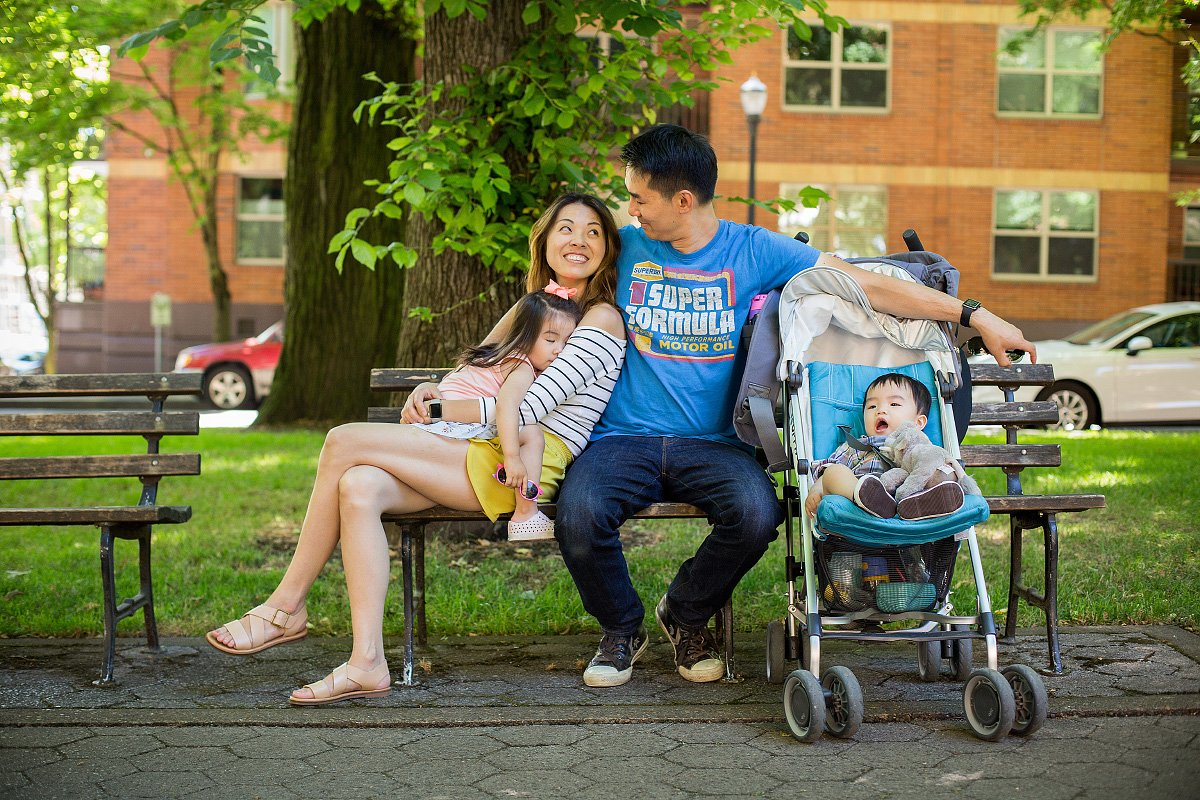 Family photos in downtown Portland, OR | Liz Wade Photography