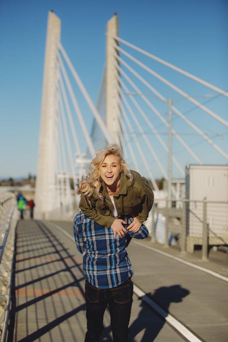 Engagement Photo Session - Portland Bridge