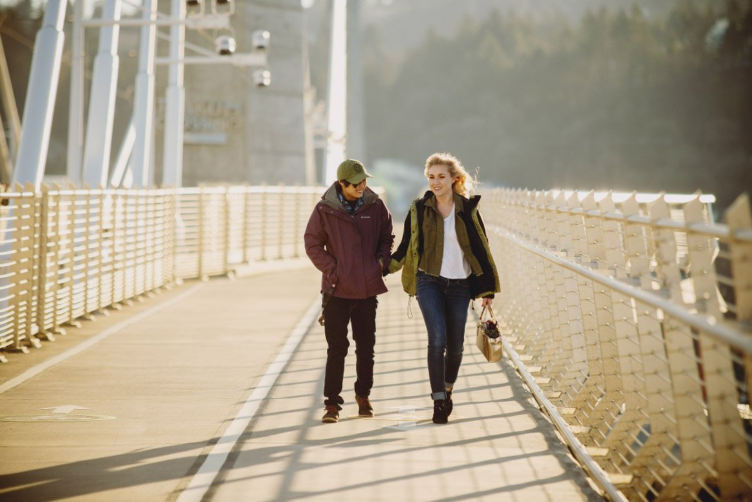 Engagement Photo Session - Portland's Tilicum Crossing